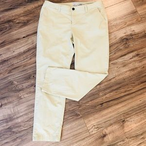A NEW DAY pale yellow pants stretch size 12. CUTE!